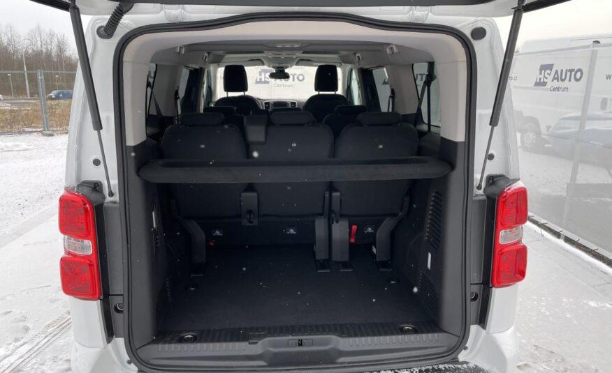 Peugeot Traveller minibus
